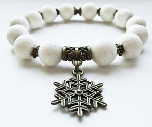 bracelet and natural stone image