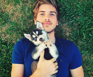 joey graceffa, youtuber, and youtube image