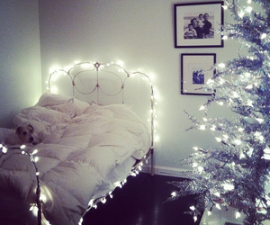 christmas, light, and bed image