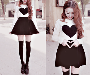 fashion, ulzzang, and heart image