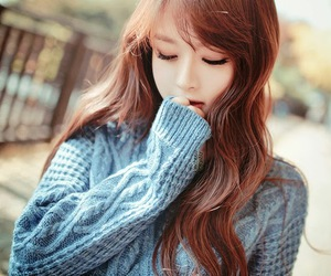 ulzzang, korean, and kfashion image