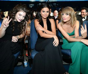Taylor Swift, selena gomez, and lorde image