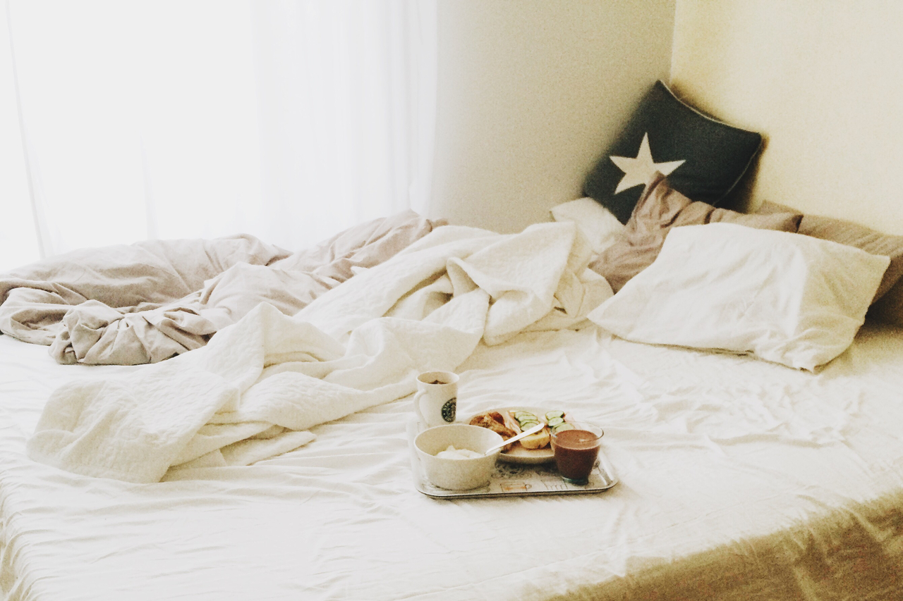 bedroom, breakfast, and chill image