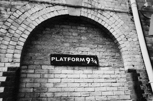 harry potter, platform, and hogwarts image