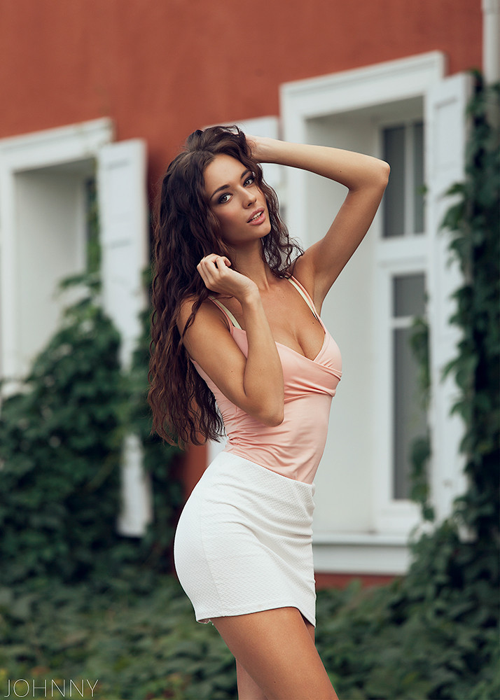 brunette, sexy look, and sexy style image