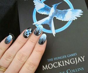 nails, mockingjay, and nail art image