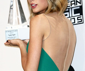 Taylor Swift and ama's image