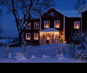 december, house, and snowy image