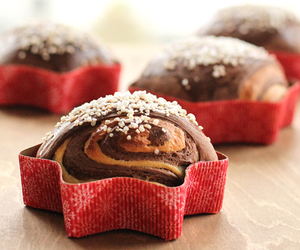 bread, christmas, and vanilla image