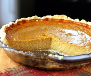 crust, pie, and pumpkin image