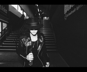 black & white, hat, and justin bieber image