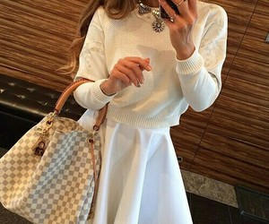 white and lv bag image