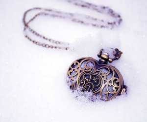 accessories, vintage, and winter image