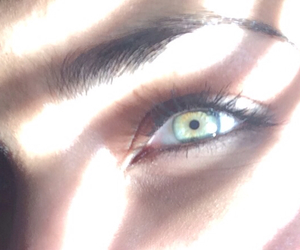 beautiful, eye makeup, and green eyes image