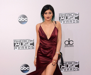 kylie jenner, fashion, and kendall jenner image