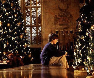 harry potter, christmas, and hogwarts image