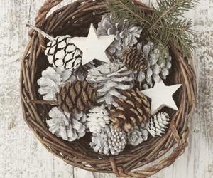 decor, pinecones, and stars image