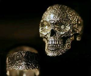 ring and skull image