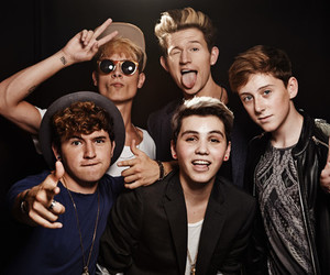 o2l, jc caylen, and kian lawley image
