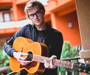 cameron mitchell and glee project image