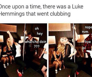 funny, luke hemmings, and 5sos image