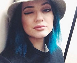kylie jenner, jenner, and blue hair image