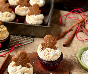 christmas, cupcake, and gingerbread image