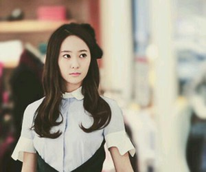f(x) and krystal jung image