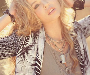 sasha pieterse, pretty little liars, and blonde image