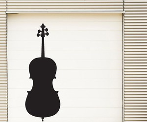 cello and wallpaper image