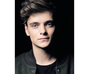 martin garrix, dj, and music image