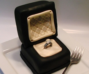 cake and ring image