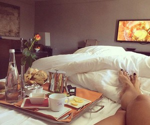 bed, girly, and breakfast image