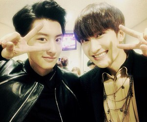 chanyeol, exo, and ZhouMi image