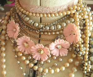 necklace, vintage, and pearls image