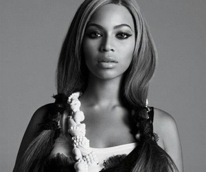 beyoncé, black and white, and blake lively image