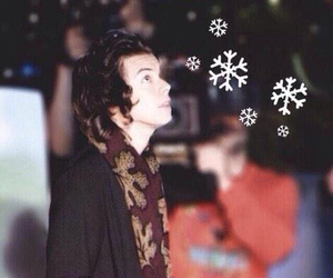 winter, lockscreen, and Harry Styles image