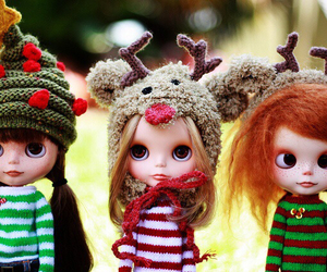 blythe, christmas, and dolls image
