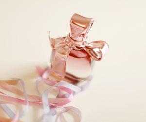 Nina Ricci and parfum image