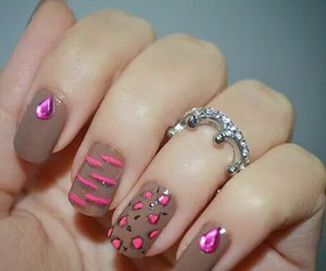 nails, accessories, and baghdad image