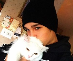 austin mahone, cat, and Austin image