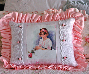 pillow, pretty, and vintage image