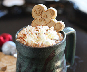 food, gingerbread, and drink image