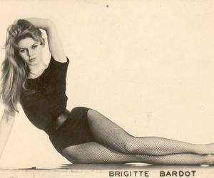 black and white, waist, and brigitte bardot image