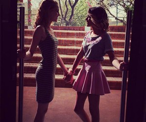 violetta and tini stoessel image