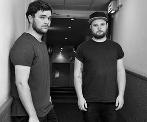 mike kerr, royal blood, and ben thatcher image