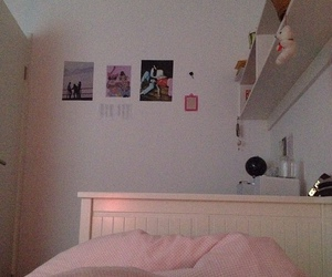 bed, pale, and pink image