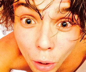 shower, 5 seconds of summer, and cute image