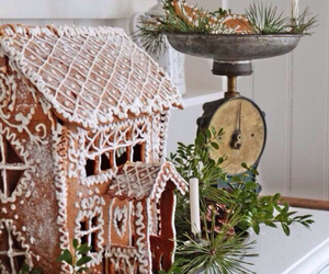 christmas, gingerbread house, and gingerbread image