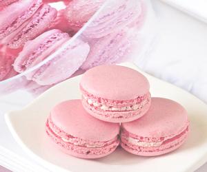 food, pink, and macaron image